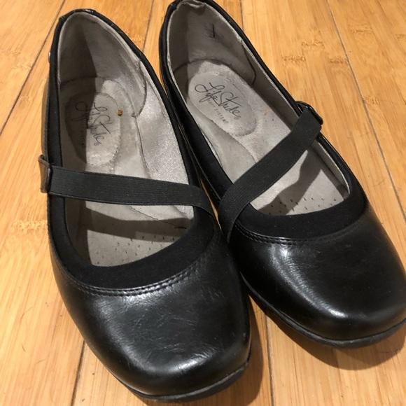 Life Stride Shoes - Life Stride Black Slip-On Ballet Flat Shoes Size 7